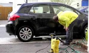 Máy rửa xe Karcher rửa rất sạch, giá thành tốt