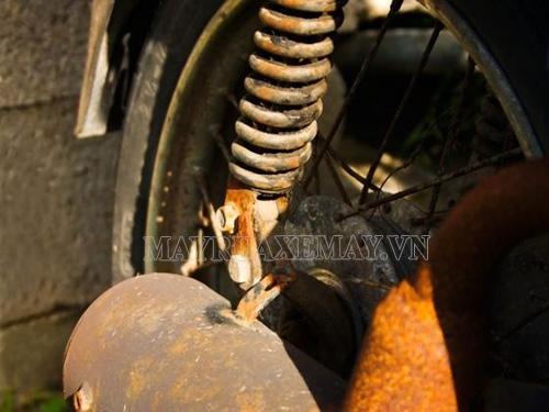 Hiện tượng gỉ sét xe máy