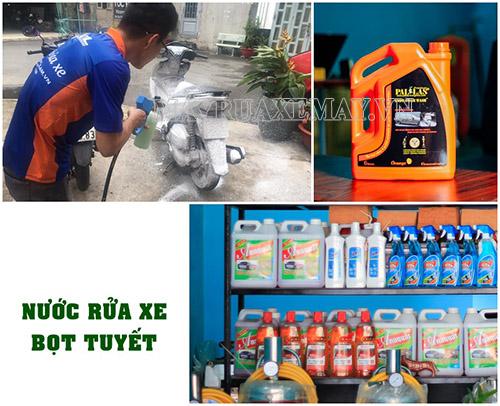 Nên rửa xe máy bằng các loại hóa chất chuyên dụng