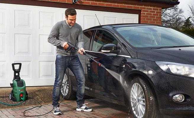 Máy rửa xe gia đình có công năng vượt trội