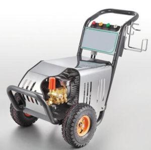 Máy rửa xe Kouritsu được đánh giá cao vì có thiết kế gọn gàng, vững chắc