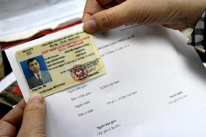 Thực hiện đổi bằng lái xe máy sang thẻ nhựa theo quy định của pháp luật