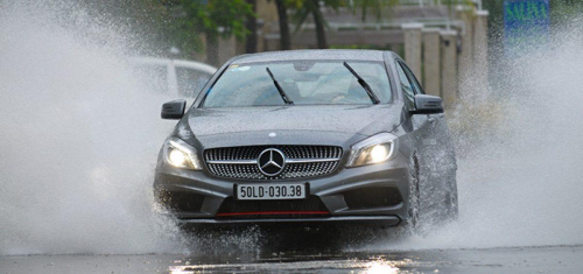 Những bộ phận ôtô hay hỏng khi dầm mưa