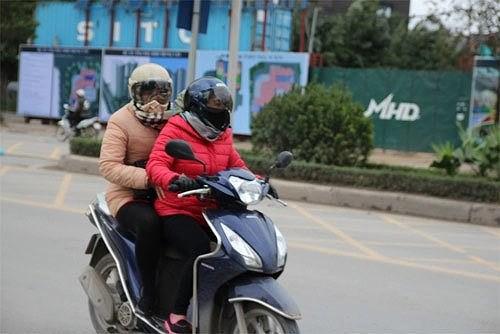 Những sự cố thường gặp khi sử dụng xe máy trời lạnh