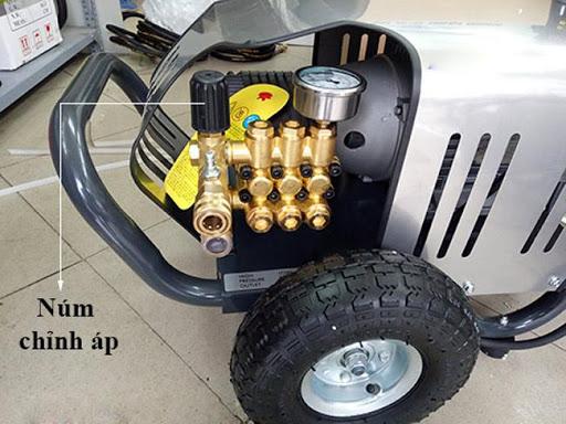 Lò xo núm chỉnh áp bị mất khiến máy rửa xe cao áp không lên được nước