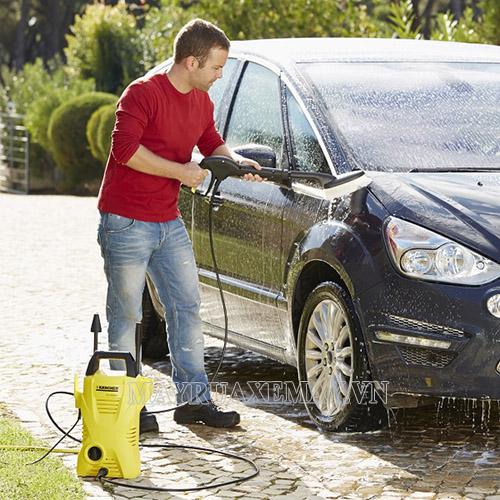 Máy rửa xe Karcher K2 Basic có độ bền cao vì được làm từ vật liệu chắc chắn