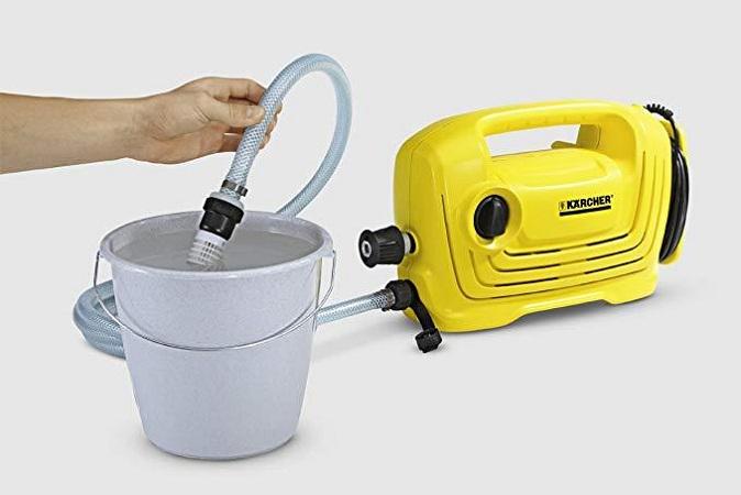 Máy rửa xe tự hút nước đang được ưa chuộng sử dụng hiện nay