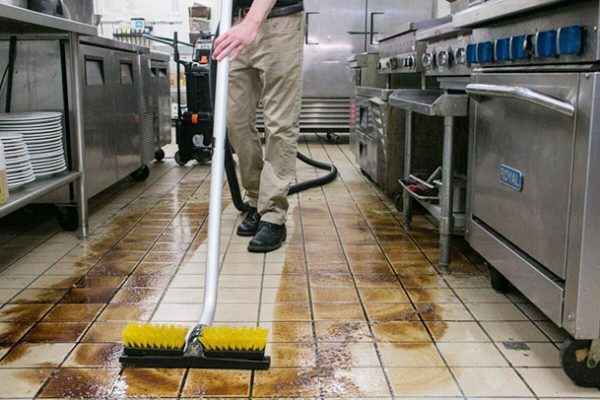 Cách làm sạch gạch lát nền bị ố vàng ĐƠN GIẢN – HIỆU QUẢ