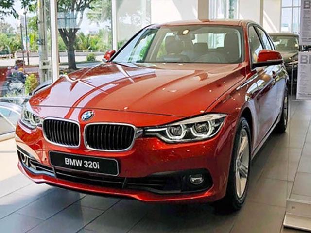 mua xe ô tô BMW 320i
