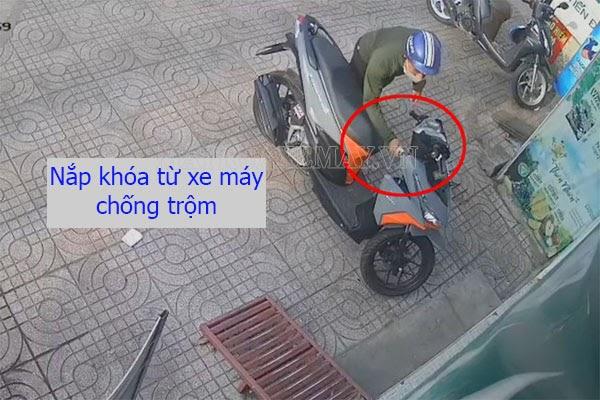 nắp khóa từ xe máy