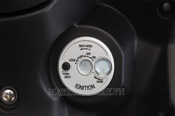 Nắp khóa từ xe máy có an toàn không? Cách mở nắp khóa từ xe Honda